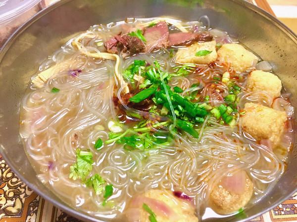 「温暖系」   呲溜的牛肉粉丝汤的做法