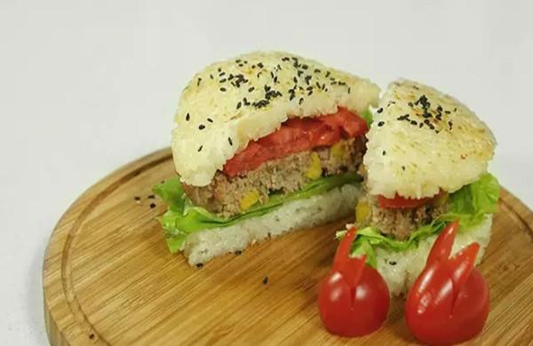【微体】活力双倍!牛肉米汉堡