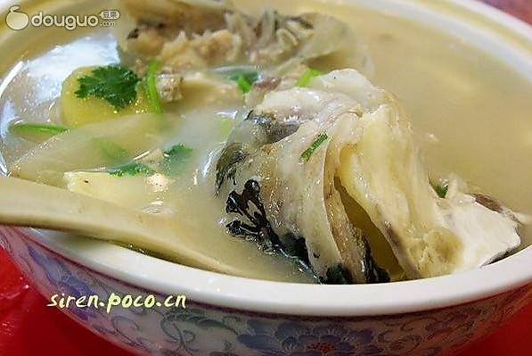 春节菜谱之鱼头豆腐汤的做法