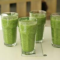 自制排毒果蔬汁的做法图解2
