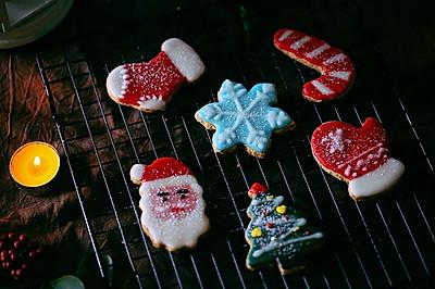 #令人羡慕的圣诞大餐#可爱美艳动人的糖霜曲奇饼干
