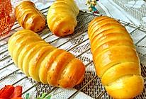 #憋在家里吃什么#豆沙毛毛虫面包的做法