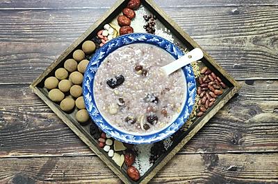 红枣莲子糯米粥