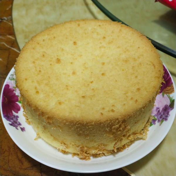 6寸戚风蛋糕胚的做法