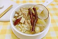 清热祛湿五指毛桃骨头汤的做法