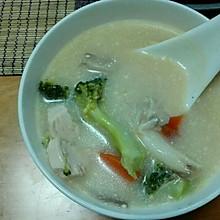 泰式鸡肉蘑菇椰汁汤