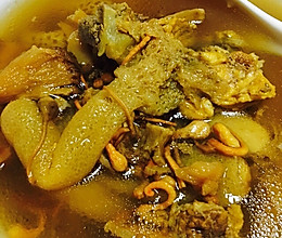 猴头菇竹荪虫草花猪骨煲的做法