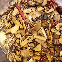 蒜片爆炒牛肝菌的做法图解10