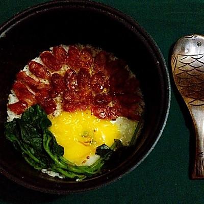广式腊肠煲仔饭(超美味,电饭锅版)