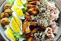 金枪鱼鸡胸肉虾仁黎麦沙拉的做法