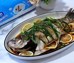 #厨房有维达洁净超省心#柠檬蒸鲈鱼的做法
