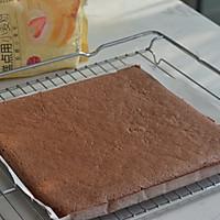 巧克力脆皮蛋糕卷的做法图解11