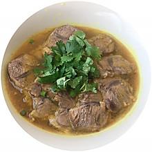 快手版~咖喱牛肉粉丝汤
