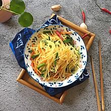 #花10分钟,做一道菜!#韭菜苔炒土豆丝