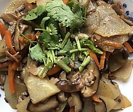 香菇炒土豆片的做法