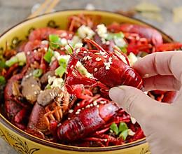#一人一道拿手菜# 十三香小龙虾的做法