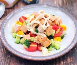 鸡胸肉蔬菜沙拉的做法