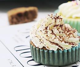 cupcake纸杯蛋糕的做法