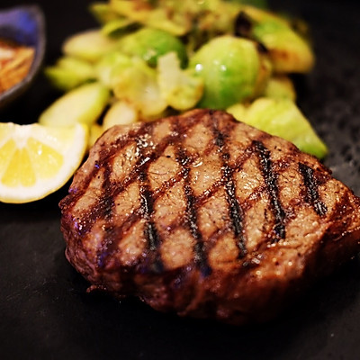 关于牛排怎么煎最好吃?详解