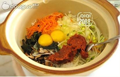美味石锅拌饭+酱香两面黄的做法