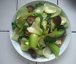 上海青炒香菇的做法