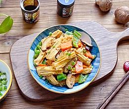 #福气年夜菜#年夜菜:香菇炒腐竹的做法