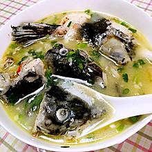 剁椒三文鱼头汤