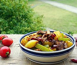 炖汤排骨还可以这样做—土豆拆骨肉的做法