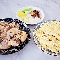 #做道好菜,自我宠爱!#鸡块炖腐竹的做法图解3