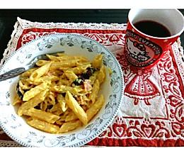 奶油蘑菇白酱意大利通心粉的做法