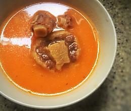 番茄牛尾浓汤的做法