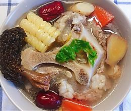 #餐桌上的春日限定#牛尾汤的做法