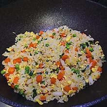 #母亲节,给妈妈做道菜#蟹腿肉炒饭