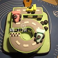 【***主题翻糖蛋糕】给男孩子的18岁成人礼蛋糕的做法图解27