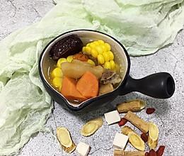 滋补养颜|花胶筒骨汤的做法