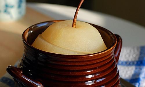 川贝冰糖炖雪梨的做法