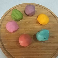 彩虹蛋黄酥的做法图解3
