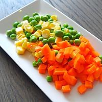 小朋友不好好吃饭必杀技--泰式菠萝饭的做法图解3