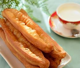 早餐-蓬松大油条的做法