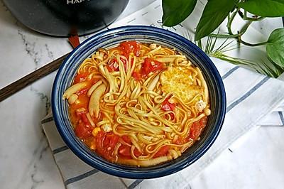 番茄菌菇汤面条#花10分钟,做一道菜!#