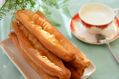 早餐-蓬松大油条