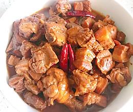 铁锅炖肉肉肉的做法