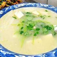 鲫鱼豆腐萝卜汤