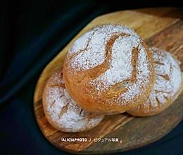 #甜品#中种全麦核桃葡萄干面包的做法