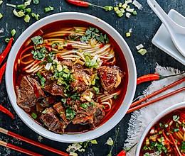 优康牛肉:麻辣牛肉面,汁香味浓超过瘾的做法