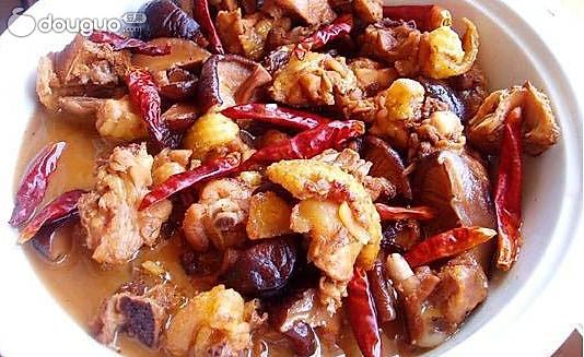春节菜谱之香菇焖鸡块的做法