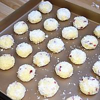 蔓越莓椰蓉球#莓汁莓味#的做法图解7
