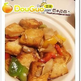 蒜香蚝味豆腐煲的做法