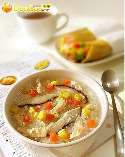 香菇鸡肉粥+烤牛肉卷饼的做法