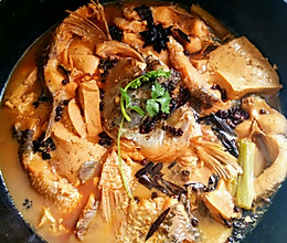 新手零失败的豆腐炖鱼的做法